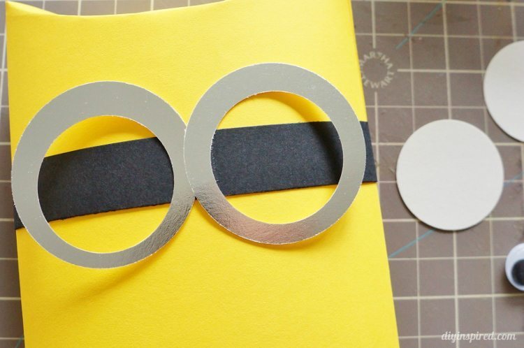 DIY Minion Goggle Tutorial