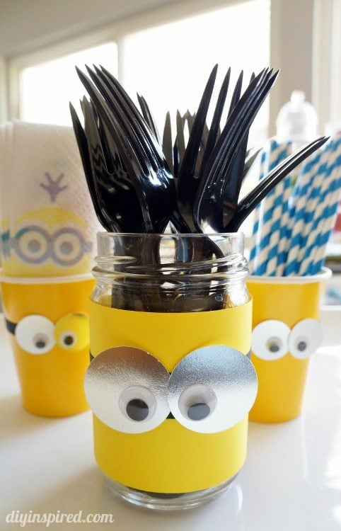 DIY Minion Party Utensil Container