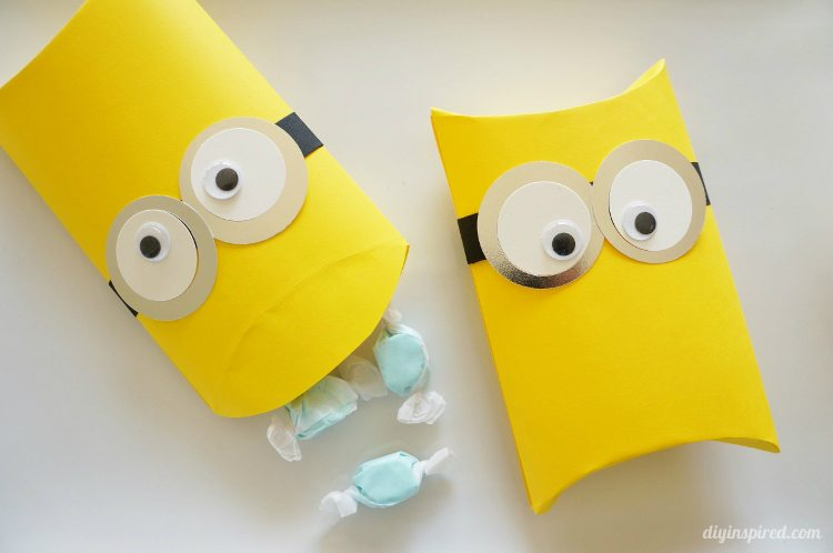 DIY Minion Pillow Party Favors