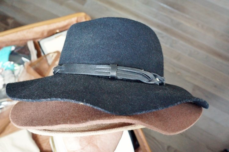 Packing Hacks for Hats (1)
