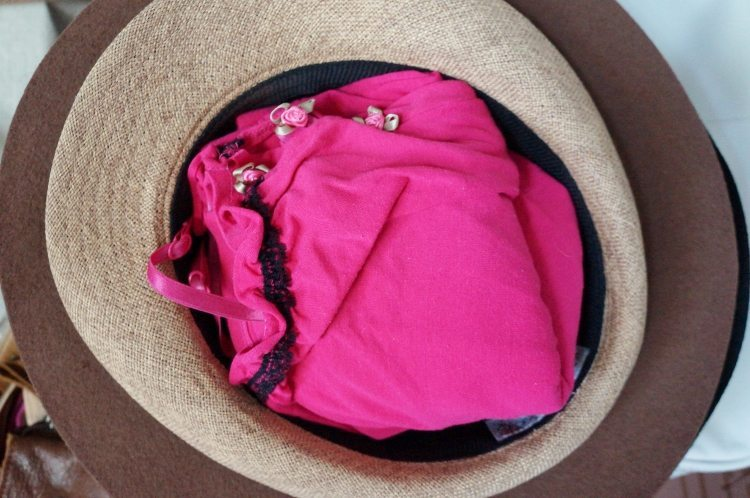 Packing Hacks for Hats (2)