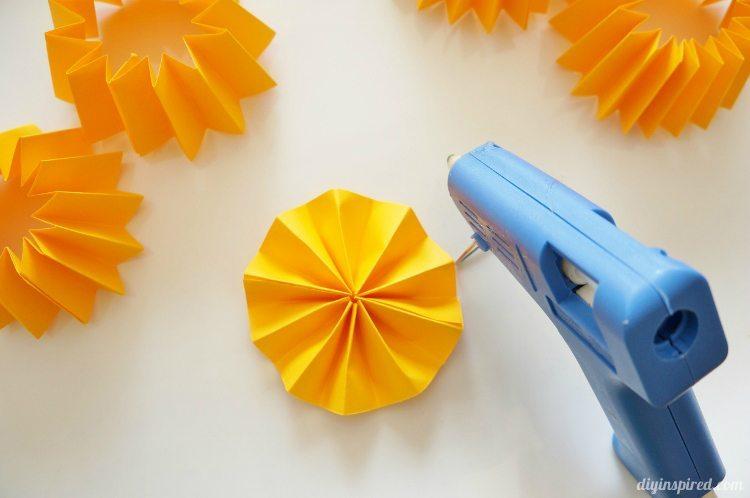 Paper Pumpkins from Paper Medallions