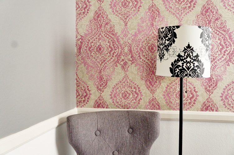 How to Apply Patterned Wallpaper