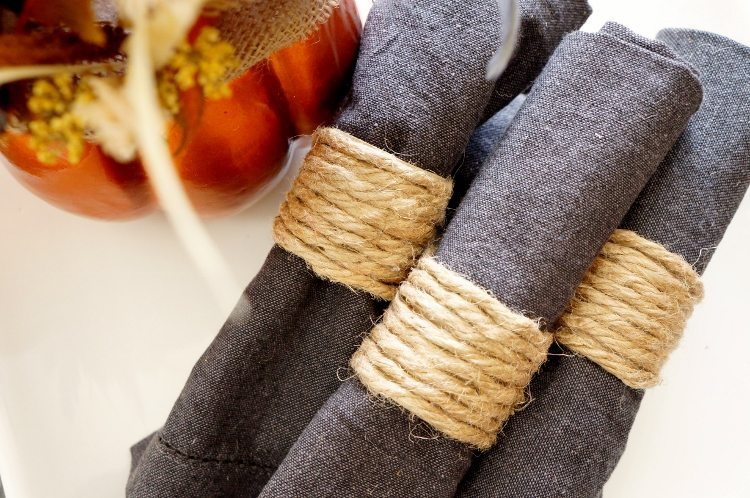 Repurposed paper towel roll napkin ring diy inspired for Diy paper towel roll crafts