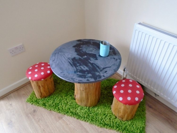diy tree trunk and toadstools table awesome tree trunk table 1