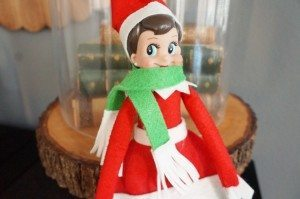 http://www.diyinspired.com/wp-content/uploads/2015/11/Elf-on-the-Shelf-Scarf-Elf-Clothes-300x199.jpg
