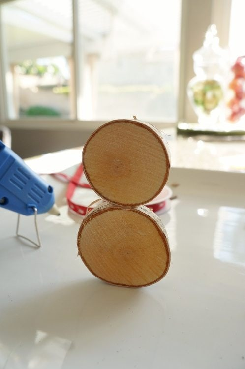 Wood Slice Snowman Craft