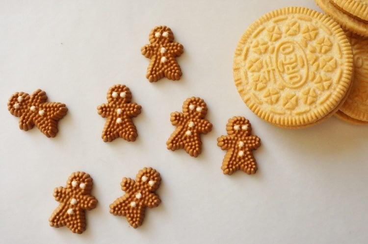 Gingerbread Oreo Cookies (2)