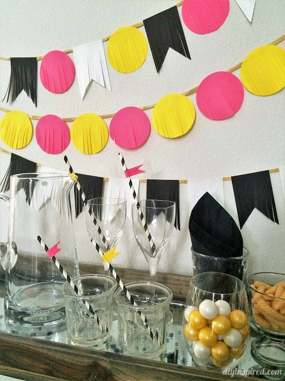 New Years Paper Party Banner DIYInspired