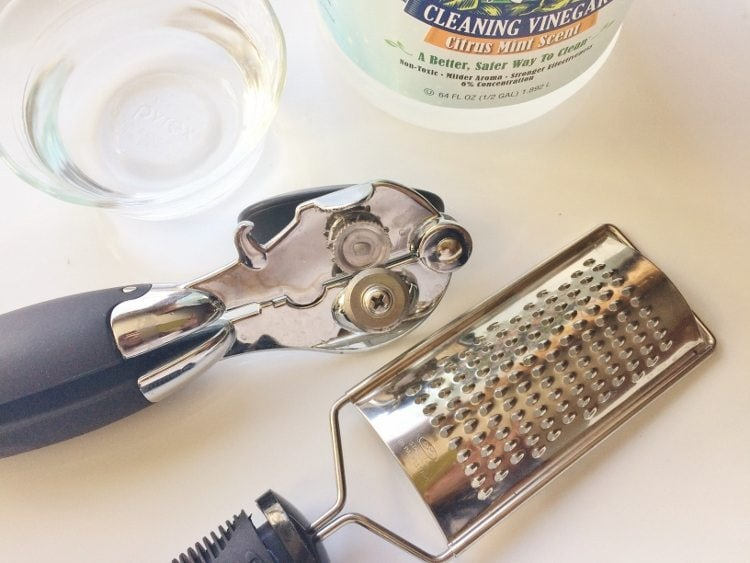 Utensil Cleaning Tips with Vinegar