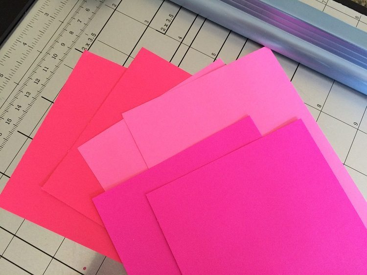 3D Pink Paper Hearts