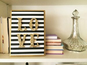 http://www.diyinspired.com/wp-content/uploads/2016/01/DIY-Wooden-LOVE-Sign-300x225.jpg