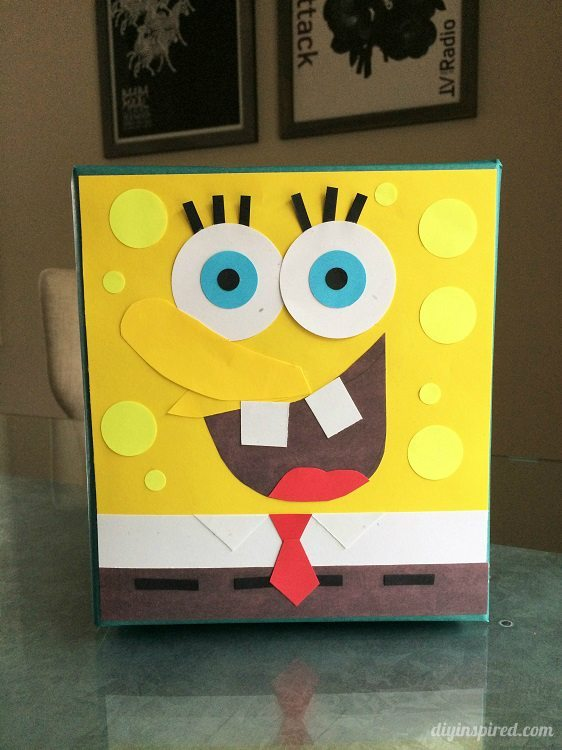 Spongebob Gift Wrapping with Scrap Paper