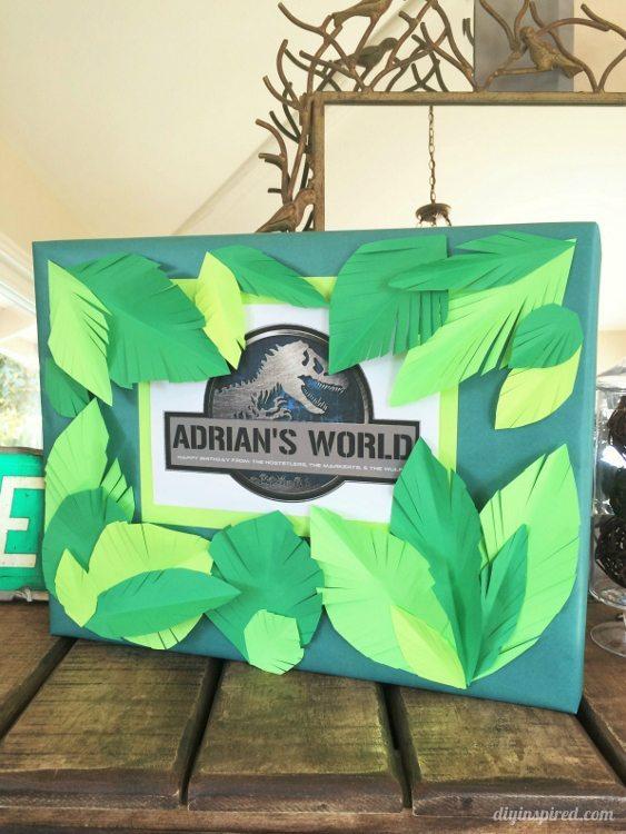 Jurassic World DIY Gift Wrapping Idea