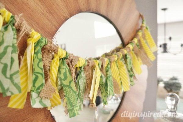 St.-Patrick's-Day-Fabric-Scrap-and-Burlap-Scrap-Bunting