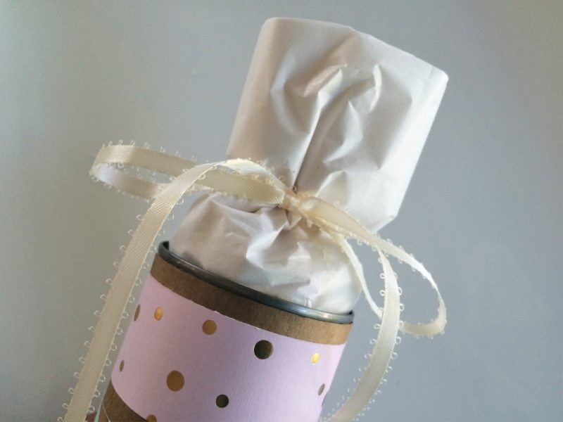 Recycled Can Gift Wrapping (4)