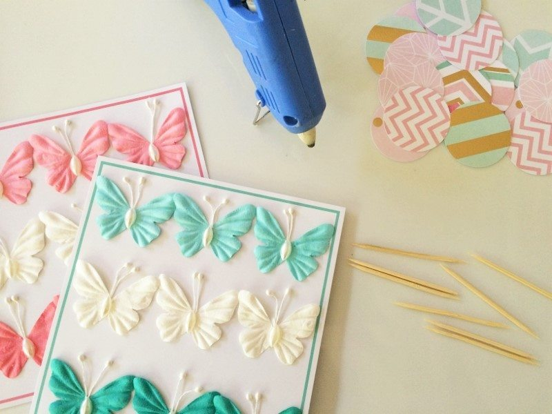 Easy Butterfly Cupcake Toppers