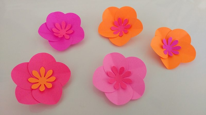 Easy paper flower samannetonic easy paper flower mightylinksfo