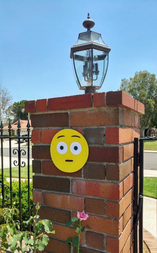 Emoji Party Decorations DIY Ideas