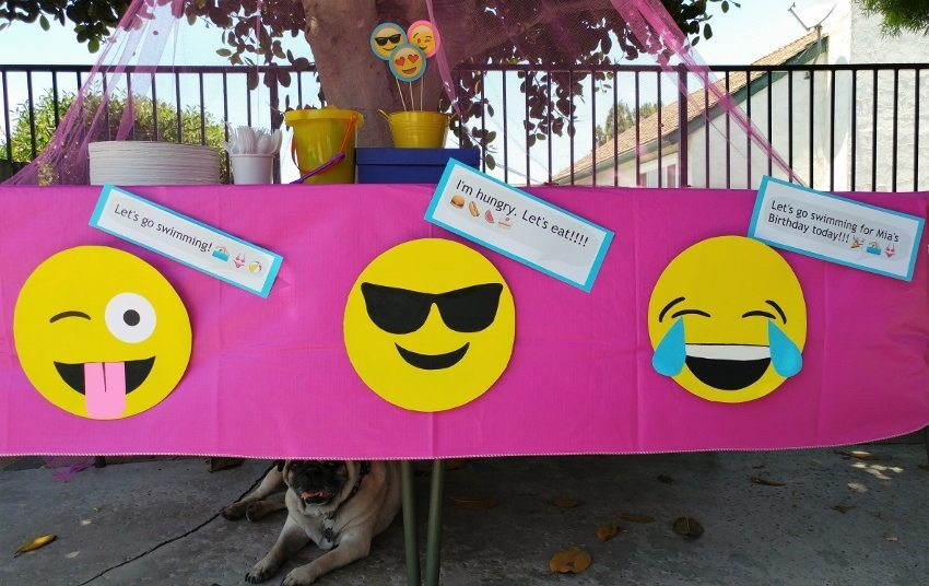 Emoji Party Food Table Decorations