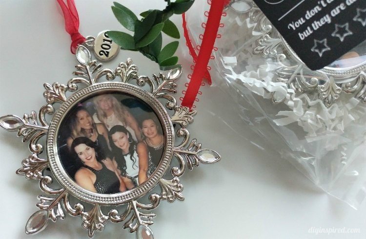 best-friends-christmas-gift-idea-photo-ornament
