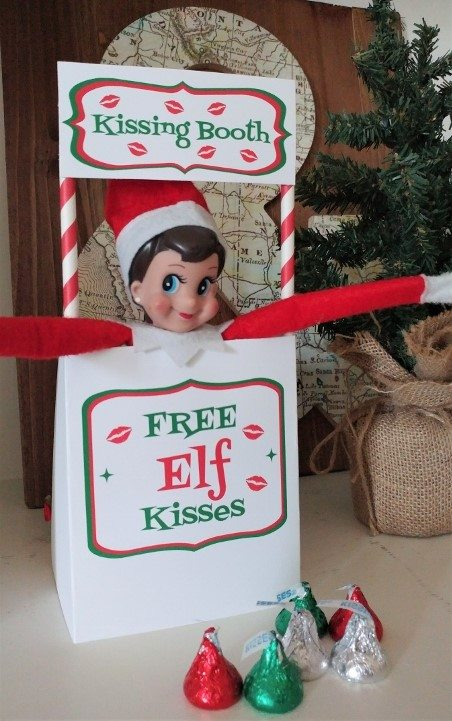 elf-on-the-shelf-ideas-kissing-booth