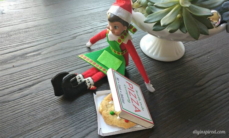 elf-on-the-shelf-pizza-box