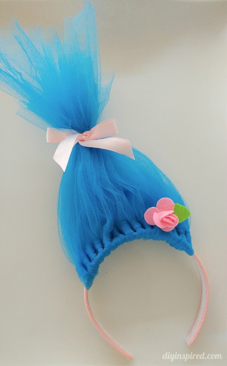 Diy troll hair headbands diy inspired i hope you like them they are fun to make and would also make a great craft at a troll themed birthday party or you can be like my daughter and wear solutioingenieria Image collections